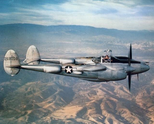 P-38_over_california